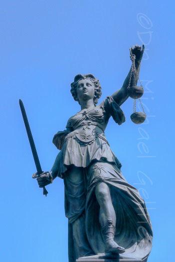 Frankfurt - Justitia - Figure of Justice
