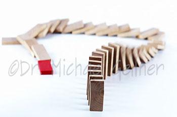 Domino - falling